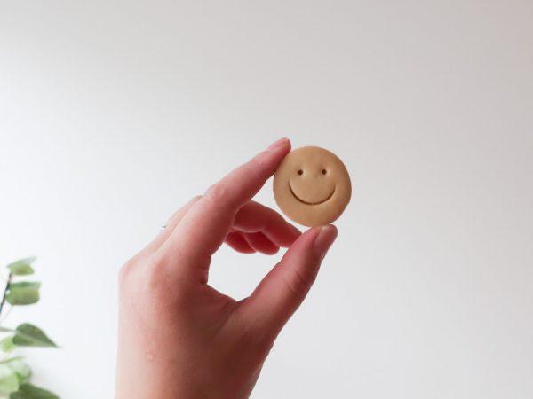ニコちゃん クッキー 笑顔